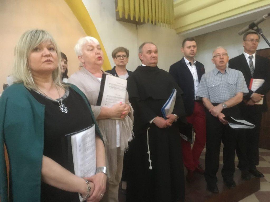 Nasz chór w Parafii pw. św. Kazimierza 01.05.2018